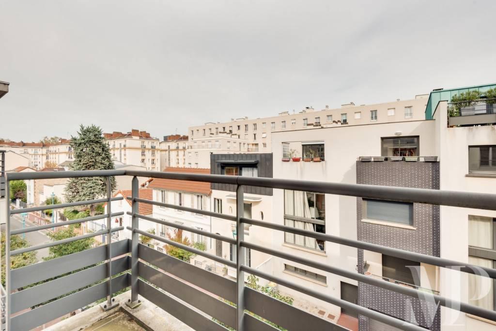 Appartement  3 pièces  avec balcons - vues dégagées -  Montrouge -